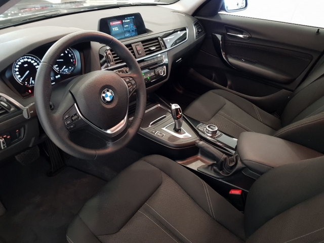 BMW SERIE 1  118i 5p. for sale in Malaga - Image 8