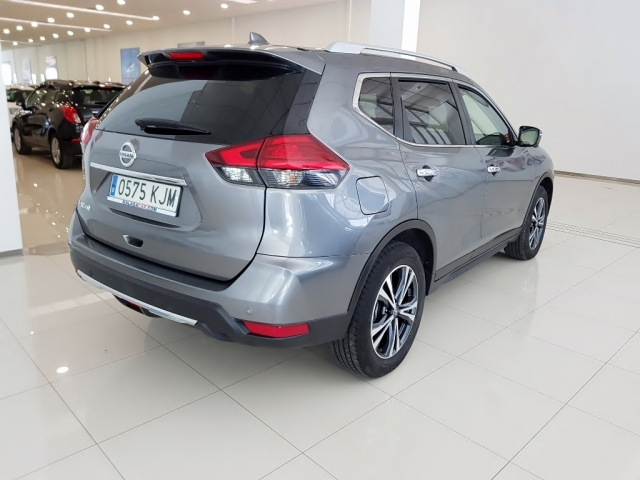 NISSAN XTRAIL X-TRAIL 1.6 dCi XTRONIC NCONNECTA 5p. for sale in Malaga - Image 4