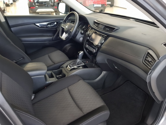 NISSAN XTRAIL X-TRAIL 1.6 dCi XTRONIC NCONNECTA 5p. for sale in Malaga - Image 7