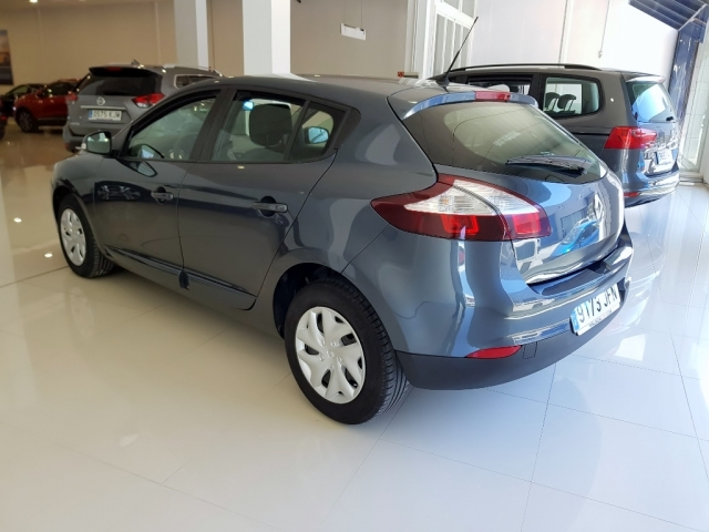 RENAULT MEGANE  Intens dCi 95 eco2 5p. for sale in Malaga - Image 4