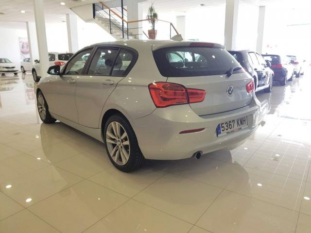 BMW SERIE 1  118i 5p. de ocasión en Málaga - Foto 4