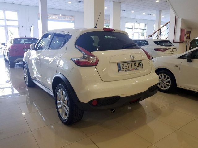 NISSAN JUKE  1.2 DIGT NCONNECTA 4X2 5p. for sale in Malaga - Image 3