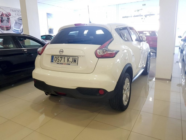NISSAN JUKE  1.2 DIGT NCONNECTA 4X2 5p. for sale in Malaga - Image 4
