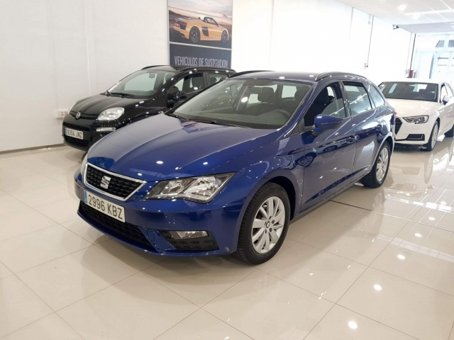 SEAT LEON ST 1.2 TSI 81kW 110CV StSp Reference 5p. for sale in Malaga - Image 2