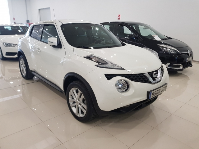 NISSAN JUKE  dCi EU6 81 kW 110 CV 6MT NCONNECTA 5p. for sale in Malaga - Image 1