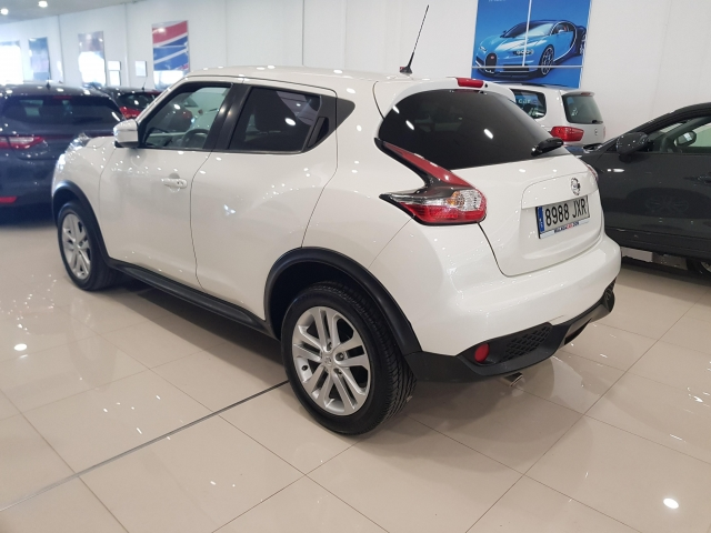 NISSAN JUKE  dCi EU6 81 kW 110 CV 6MT NCONNECTA 5p. for sale in Malaga - Image 3