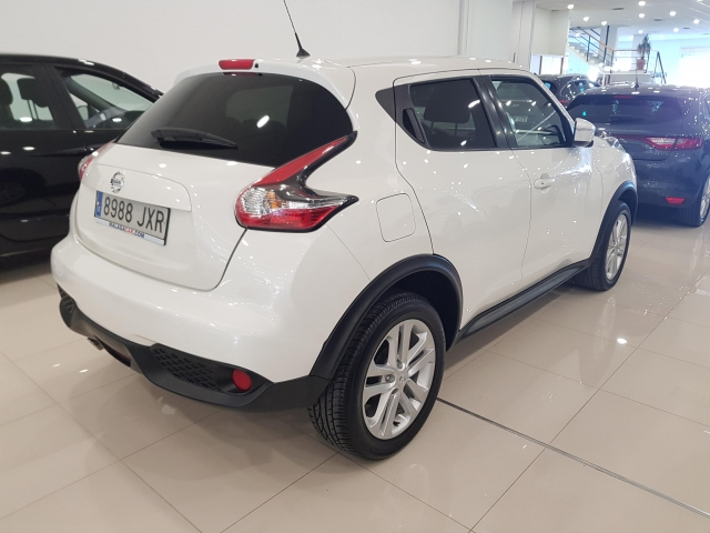 NISSAN JUKE  dCi EU6 81 kW 110 CV 6MT NCONNECTA 5p. for sale in Malaga - Image 4