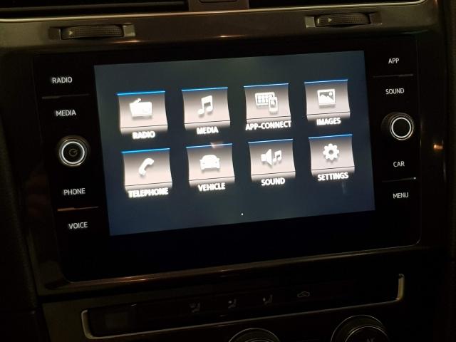 VOLKSWAGEN GOLF  Advance 1.0 TSI 81kW 110CV DSG 5p. for sale in Malaga - Image 9