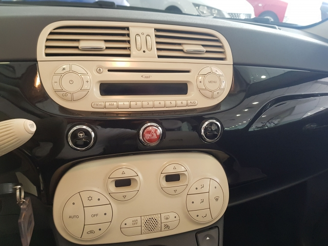 FIAT 500C  1.2 8v 69 CV Lounge 2p. for sale in Malaga - Image 9