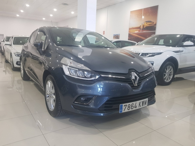 RENAULT CLIO  Zen Energy TCe 66kW 90CV 5p. for sale in Malaga - Image 1