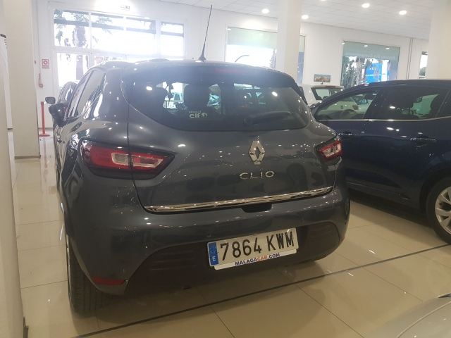 RENAULT CLIO  Zen Energy TCe 66kW 90CV 5p. for sale in Malaga - Image 3