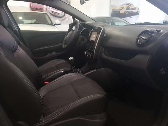 RENAULT CLIO  Zen Energy TCe 66kW 90CV 5p. for sale in Malaga - Image 6