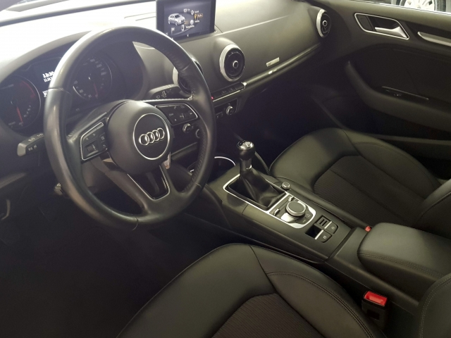 AUDI A3  design edition 1.6 TDI Sportback 5p. for sale in Malaga - Image 8