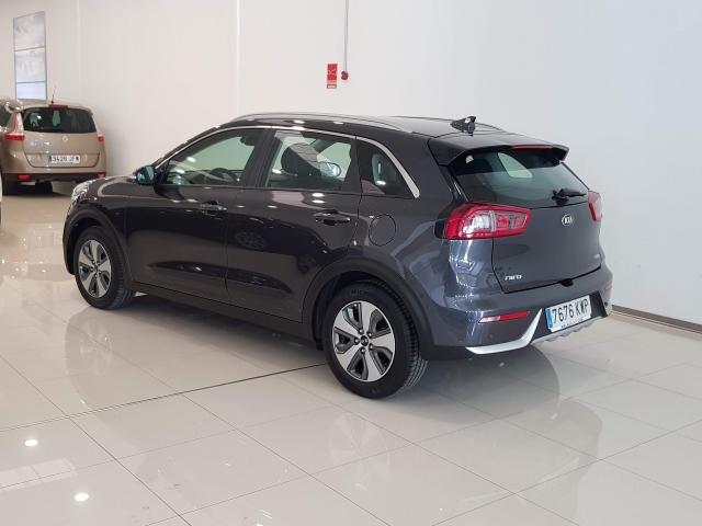 KIA NIRO  1.6 HEV 141CV Drive 5p. for sale in Malaga - Image 3