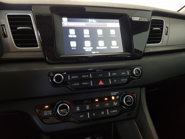 KIA NIRO  1.6 HEV 141CV Drive 5p. for sale in Malaga - Image 9