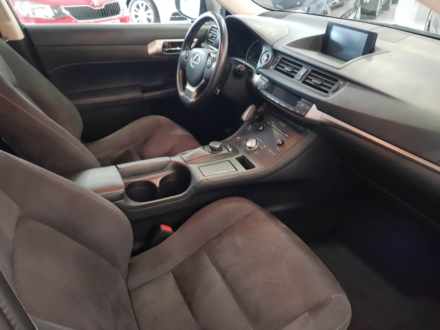 LEXUS CT  200H BUSSINES for sale in Malaga - Image 7