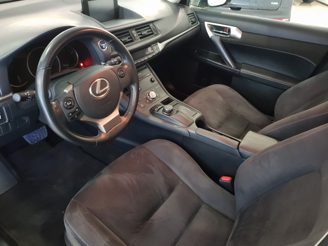 LEXUS CT  200H BUSSINES for sale in Malaga - Image 8