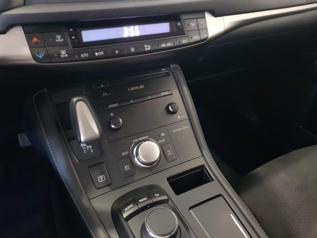 LEXUS CT  200H BUSSINES for sale in Malaga - Image 9