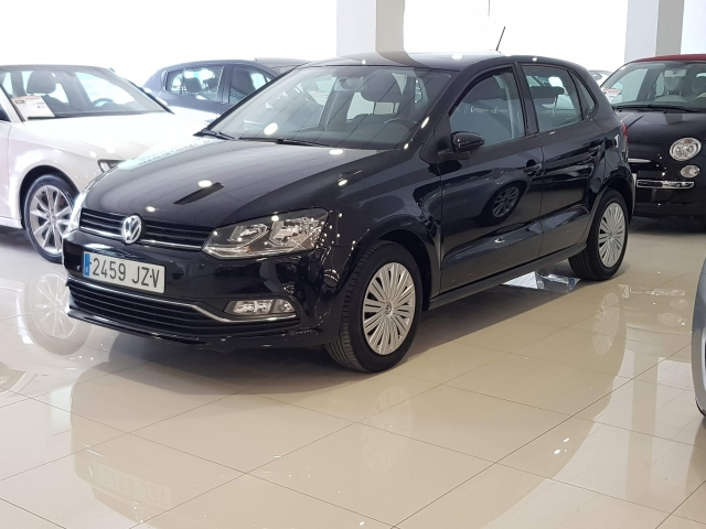 VOLKSWAGEN POLO  1.2 TSI 90cv DSG Advance 5p. for sale in Malaga - Image 1