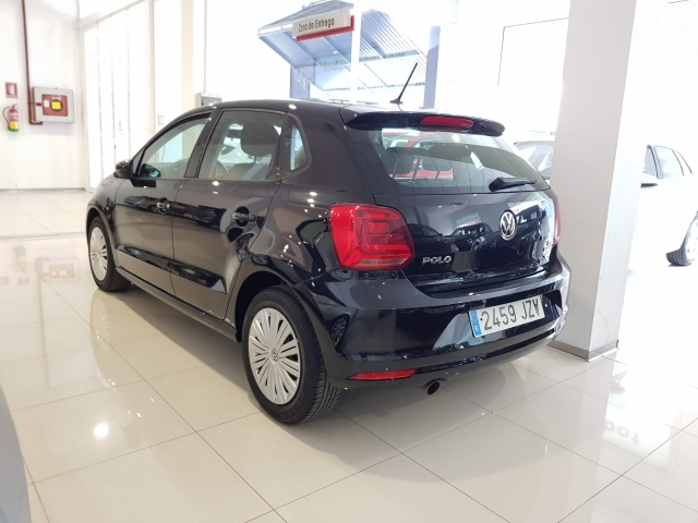 VOLKSWAGEN POLO  1.2 TSI 90cv DSG Advance 5p. for sale in Malaga - Image 3