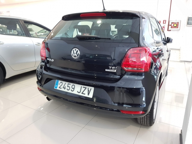VOLKSWAGEN POLO  1.2 TSI 90cv DSG Advance 5p. for sale in Malaga - Image 4