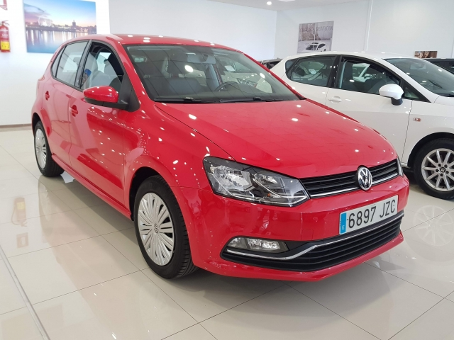 VOLKSWAGEN POLO  1.2 TSI 90cv Advance 5p. for sale in Malaga - Image 1