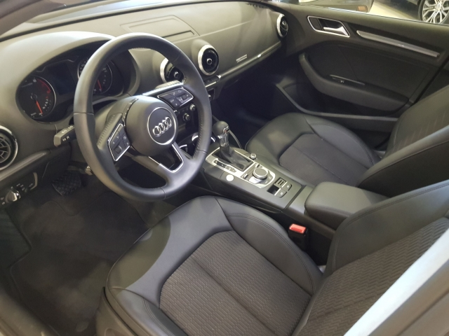 AUDI A3  30TFSI 115CV S tronic 5p. for sale in Malaga - Image 8