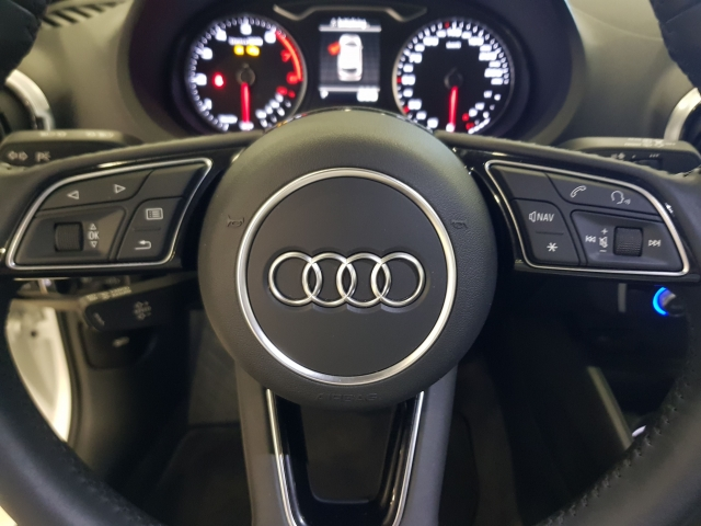 AUDI A3  30TFSI 115CV S tronic 5p. for sale in Malaga - Image 9
