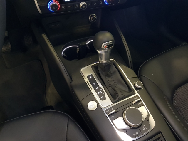 AUDI A3  30TFSI 115CV S tronic 5p. for sale in Malaga - Image 10