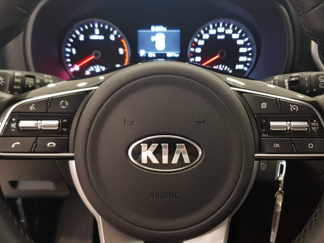 KIA Sportage 1.6 CRDI BUS. DCT  de ocasión en Málaga - Foto 11
