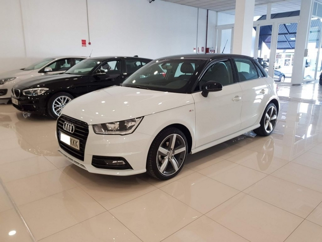 AUDI A1  Sportback 1.4 TDI 90CV Attracted 5p. for sale in Malaga - Image 1