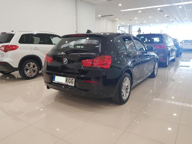 BMW SERIE 1  116i 5p. de ocasión en Málaga - Foto 4