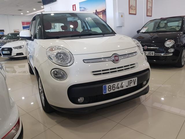 FIAT 500L  Pop Star 1.3 16v 95CV 5p. for sale in Malaga - Image 2