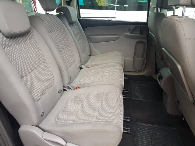SEAT ALHAMBRA  2.0 TDI 150 Reference Plus 5p. for sale in Malaga - Image 6