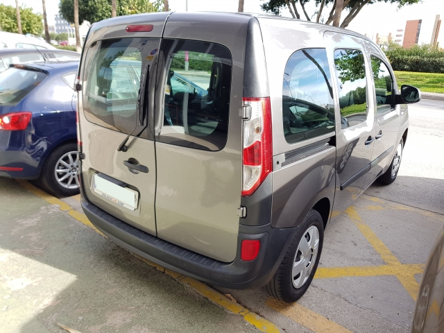RENAULT KANGOO  dCi 90 5p. for sale in Malaga - Image 4