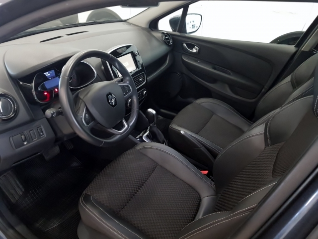 RENAULT Clio  Zen TCe 120 EDC 5p. for sale in Malaga - Image 7