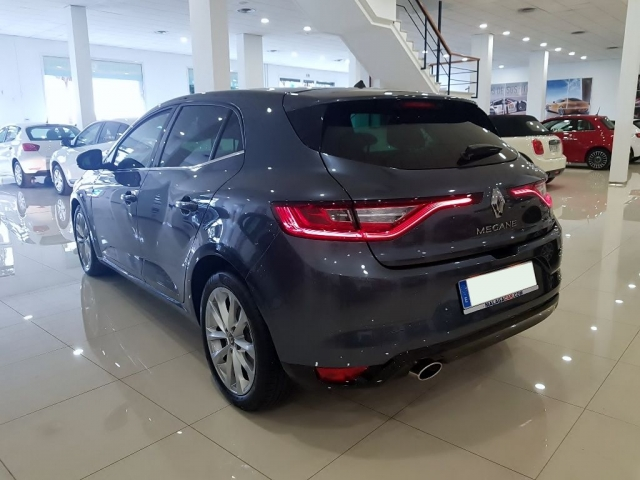 RENAULT MEGANE Zen Energy TCe 97kW 130CV 5p. for sale in Malaga - Image 3