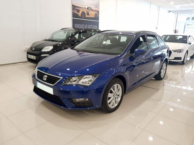 SEAT LEON León ST 1.2 TSI 81kW 110CV StSp Reference 5p. for sale in Malaga - Image 2