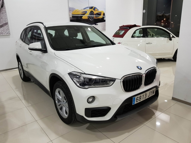 BMW X1  sDrive18d Advance5p. for sale in Malaga - Image 1