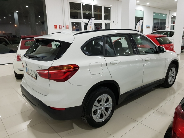 BMW X1  sDrive18d Advance5p. for sale in Malaga - Image 4