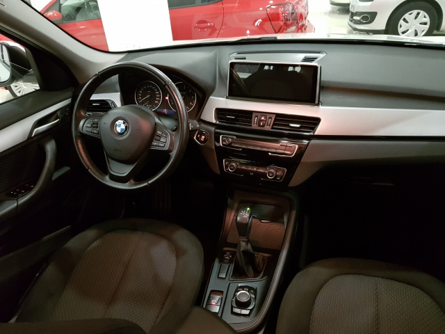 BMW X1  sDrive18d Advance5p. for sale in Malaga - Image 6