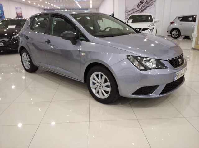 SEAT IBIZA  1.0 75cv Reference 5p. for sale in Malaga - Image 1