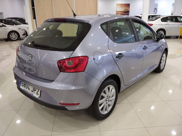 SEAT IBIZA  1.0 75cv Reference 5p. for sale in Malaga - Image 4