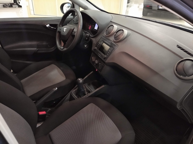 SEAT IBIZA  1.0 75cv Reference 5p. for sale in Malaga - Image 7