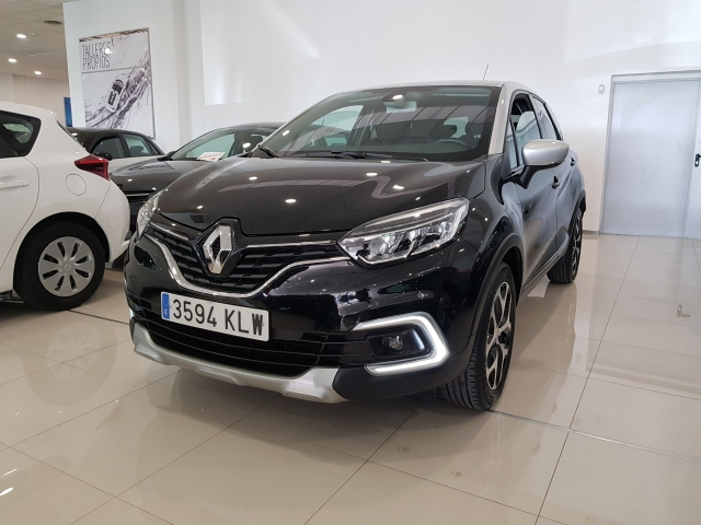 RENAULT Captur  Zen TCe 66kW 90CV eco2 5p. for sale in Malaga - Image 2