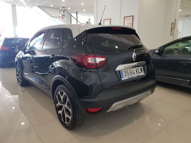 RENAULT Captur  Zen TCe 66kW 90CV eco2 5p. for sale in Malaga - Image 3