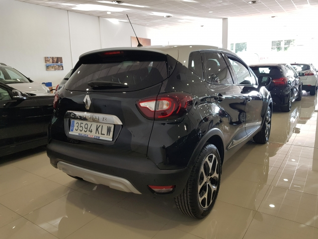 RENAULT Captur  Zen TCe 66kW 90CV eco2 5p. for sale in Malaga - Image 4