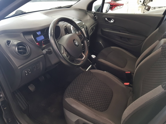 RENAULT Captur  Zen TCe 66kW 90CV eco2 5p. for sale in Malaga - Image 7