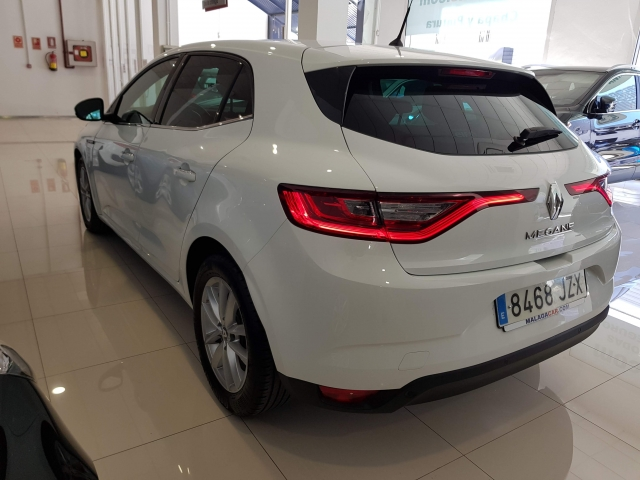 RENAULT MEGANE Mégane Intens Energy TCe 100 5p. for sale in Malaga - Image 3