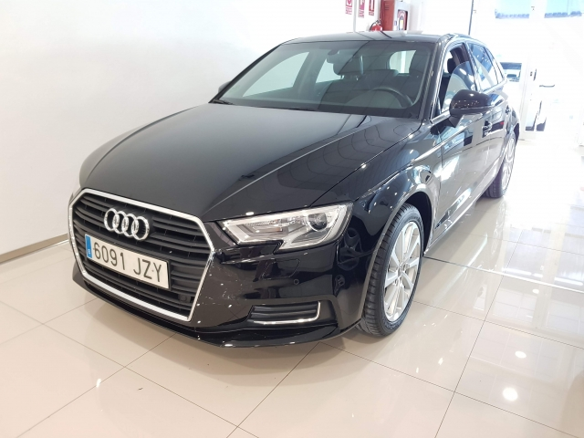 AUDI A3  design edition 1.6 TDI Sportback 5p. for sale in Malaga - Image 2